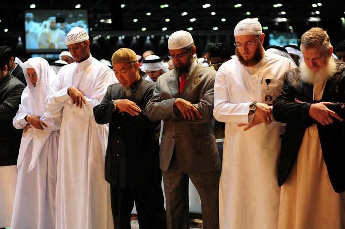 Jamaah shalat muslim ciri sahabat Islam